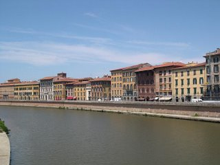 The Arno in Pisa again
