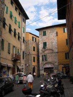 Pisa street scene