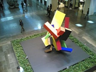Arty thing in mall. I think it&#8217;s a heavily armed duck or the contents of a pre-school kids stomach